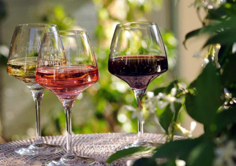 Les-vins-de-Provence-des-vins-aux-saveurs-de-l-ete.jpg